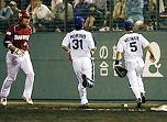 神奈川一二塁間痛恨のWエラー。